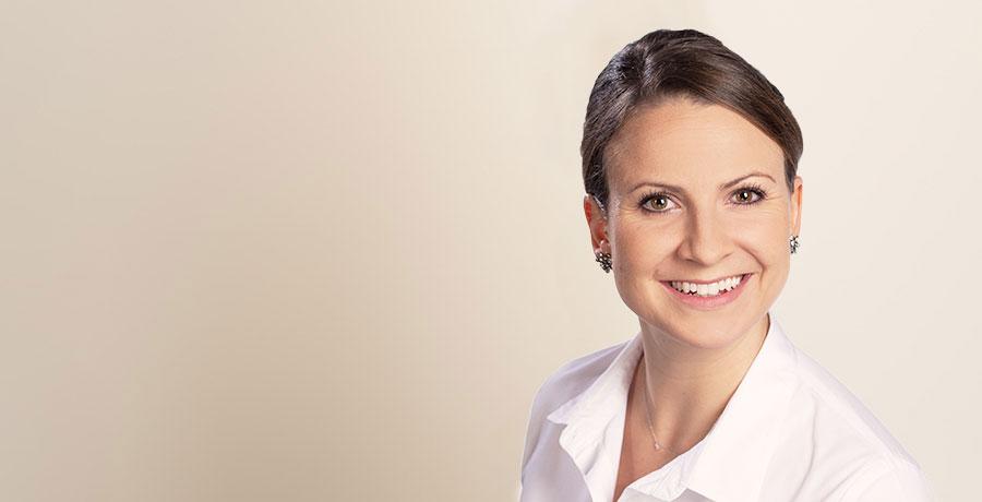 Dr. Ariane Wussler